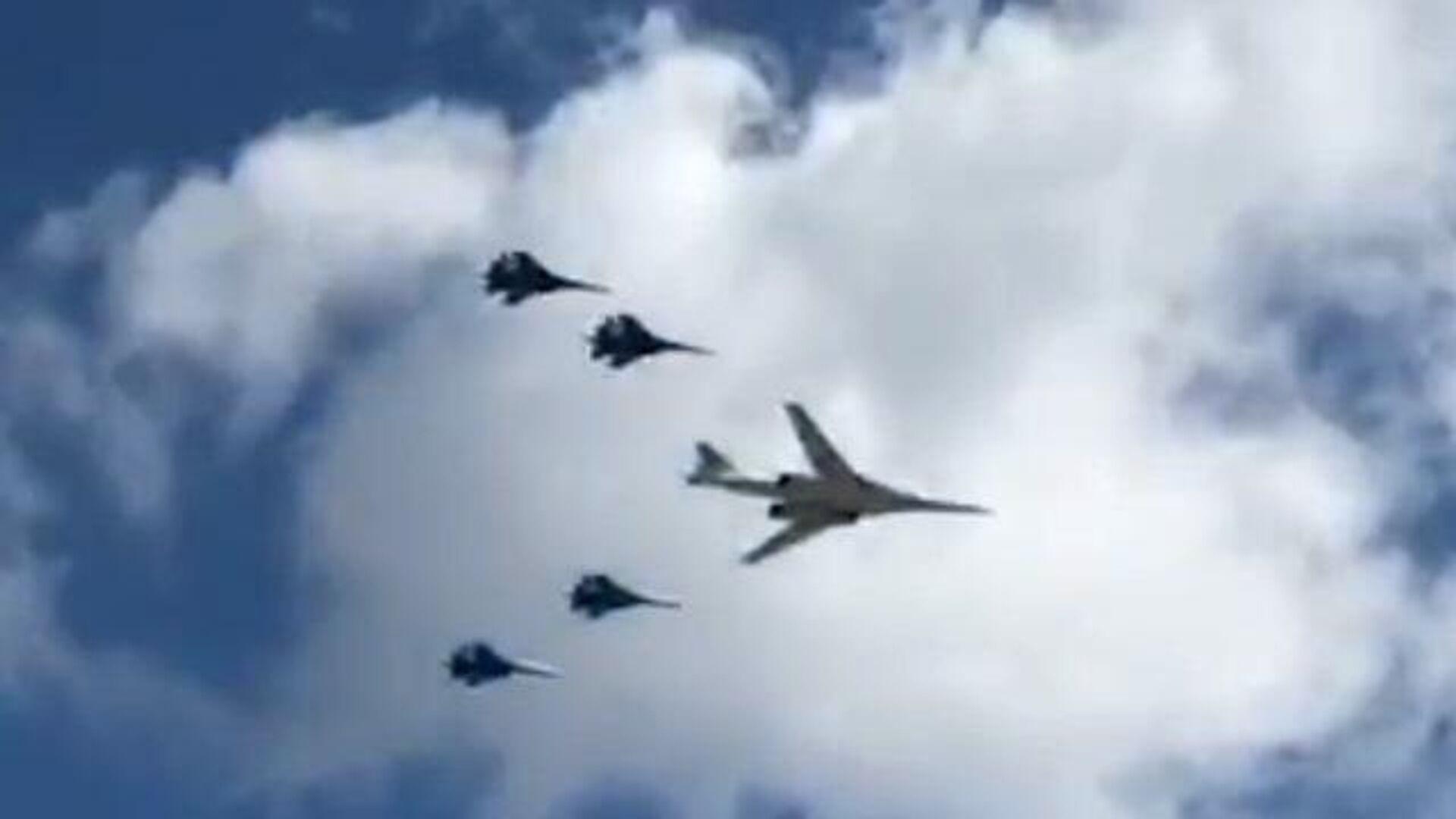 Авиационная тренировка парада Победы в небе над Москвой - РИА Новости, 1920, 05.05.2021