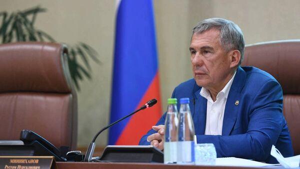 Президент Республики Татарстан Рустам Минниханов проводит внеочередное заседание антитеррористической комиссии в Казани