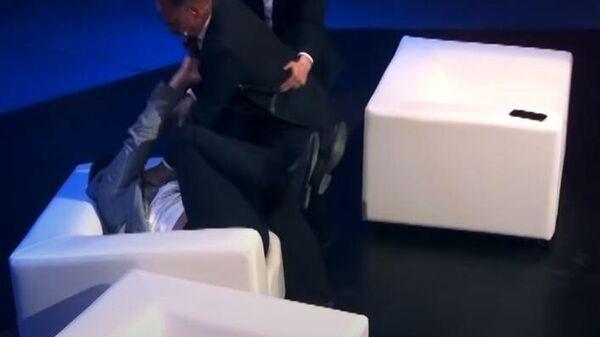 Драка украинских политиков в эфире ток-шоу