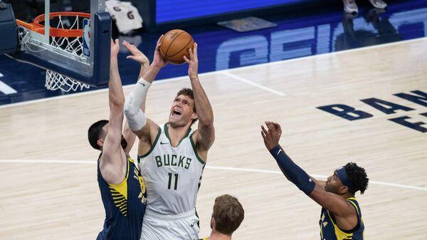 Игровой момент матча НБА Милуоки Бакс - Индиана Пэйсерс