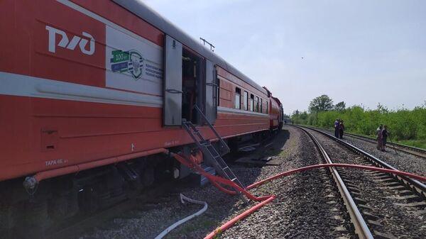 Пожарно-спасательные подразделения ликвидируют пожар в Майнском районе Ульяновской области