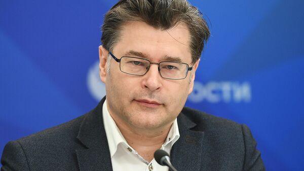 Директор Центра политической информации Алексей Мухин