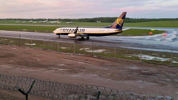 Самолет авиакомпании Ryanair, на котором находился Роман Протасевич, в аэропорту Вильнюса