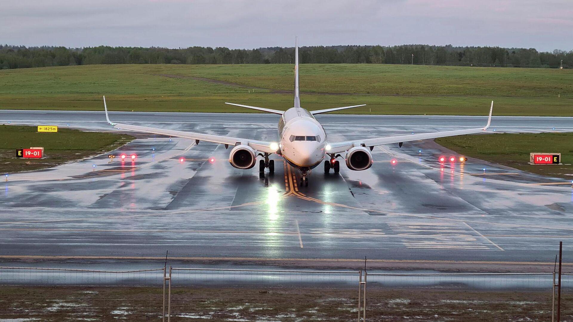 В МИД Китая прокомментировали инцидент с самолетом Ryanair в Белоруссии