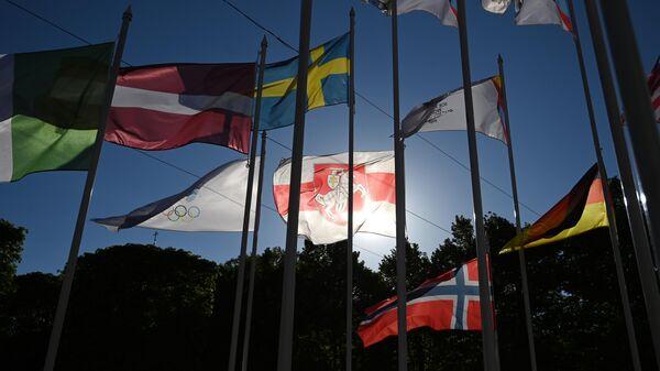 Флаги стран-участниц Чемпионата мира по хоккею 2021 в Риге