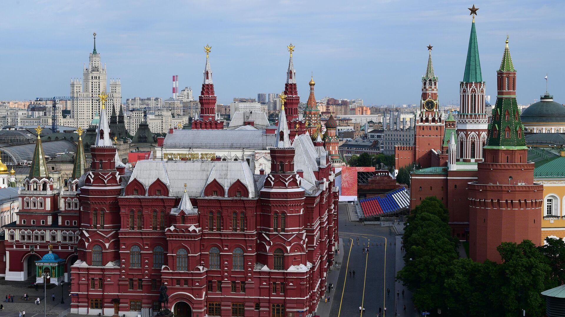Вид на Исторический музей и Кремль в Москве - РИА Новости, 1920, 11.06.2021