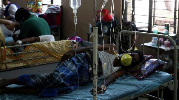 Пациенты, инфицированные черным грибком, проходят лечение в отделении мукормикоза в Индии