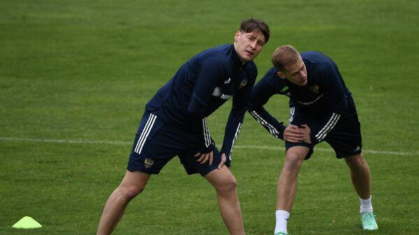 Далер Кузяев (слева) и Даниил Фомин