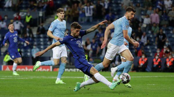 Игровой момент матча Челси - Манчестер Сити
