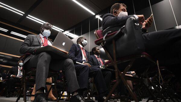 Участники панельной дискуссии Будущее энергетики. Энергопереход в рамках Петербургского международного экономического форума - 2021 в конгрессно-выставочном центре Экспофорум