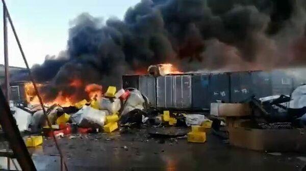 Крупный пожар на заводе в подмосковном Климовске