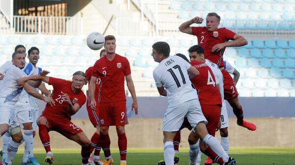 Игровой момент матча Норвегия - Греция