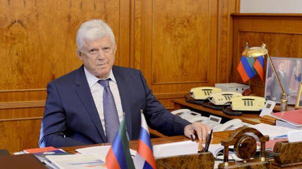Председатель Народного собрания Дагестана Хизри Шихсаидов