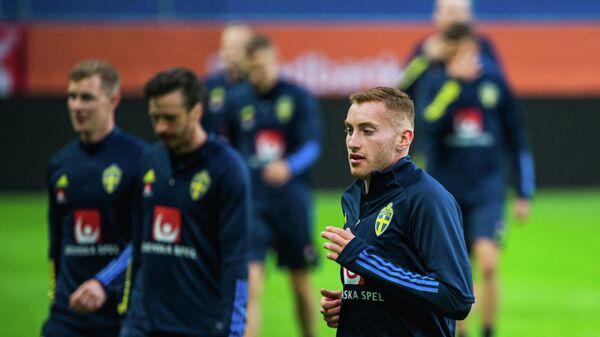 Полузащитник сборной Швеции Деян Кулушевски