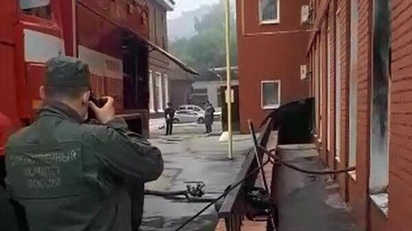 Сотрудник СК на месте пожара в больнице имени Семашко в Рязани