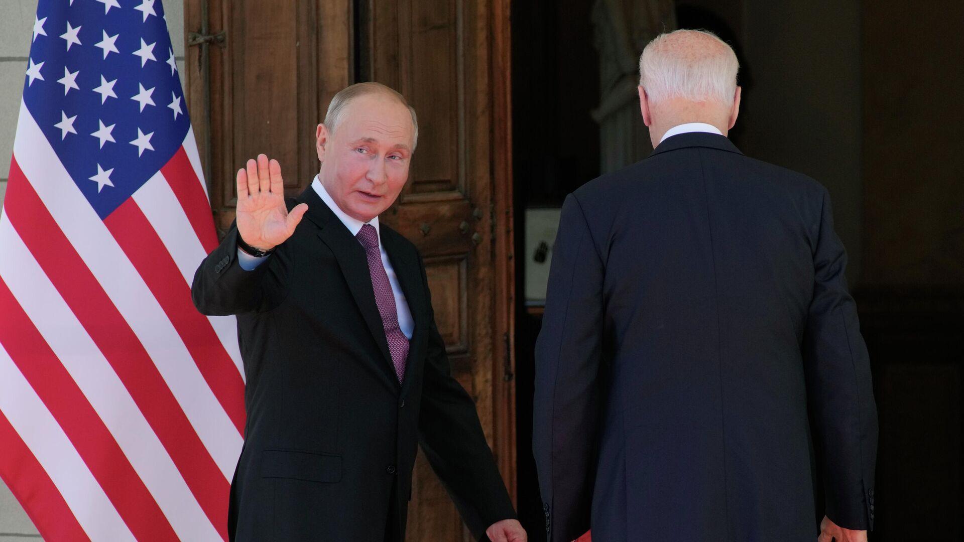 Президент РФ Владимир Путин и президент США Джо Байден на вилле Ла Гранж в Женеве - РИА Новости, 1920, 16.06.2021