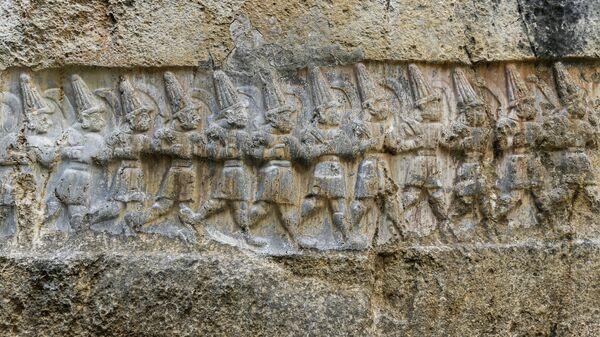 Человеческие фигурки в святилище хеттов