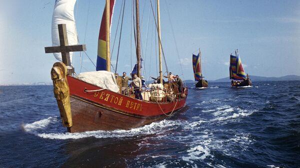 Корабль Святой Петр участник международной экспедиции Русская Америка-250. Он является точной копией корабля Святой Петр Витуса Беринга