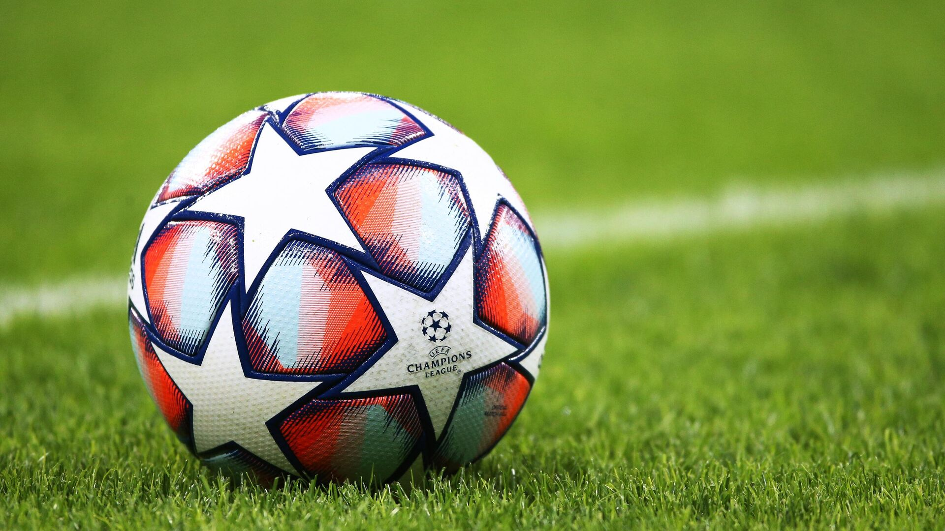 Мяч футбольной Лиги чемпионов - РИА Новости, 1920, 16.07.2021