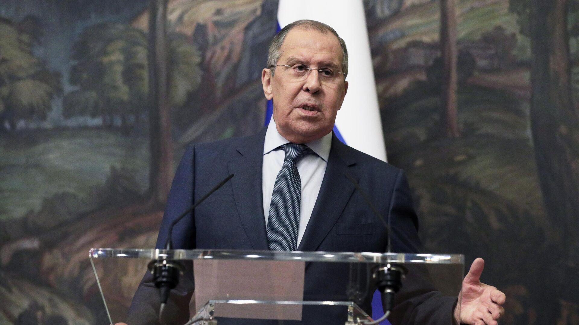 """Лавров рассказал, почему Запад """"наказывает"""" Россию"""