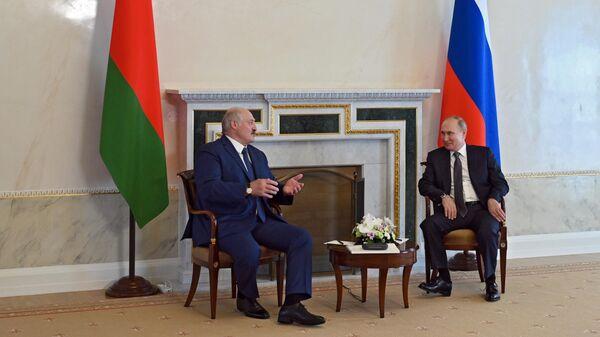 Путин на встрече с Лукашенко заявил о важности развития экономики