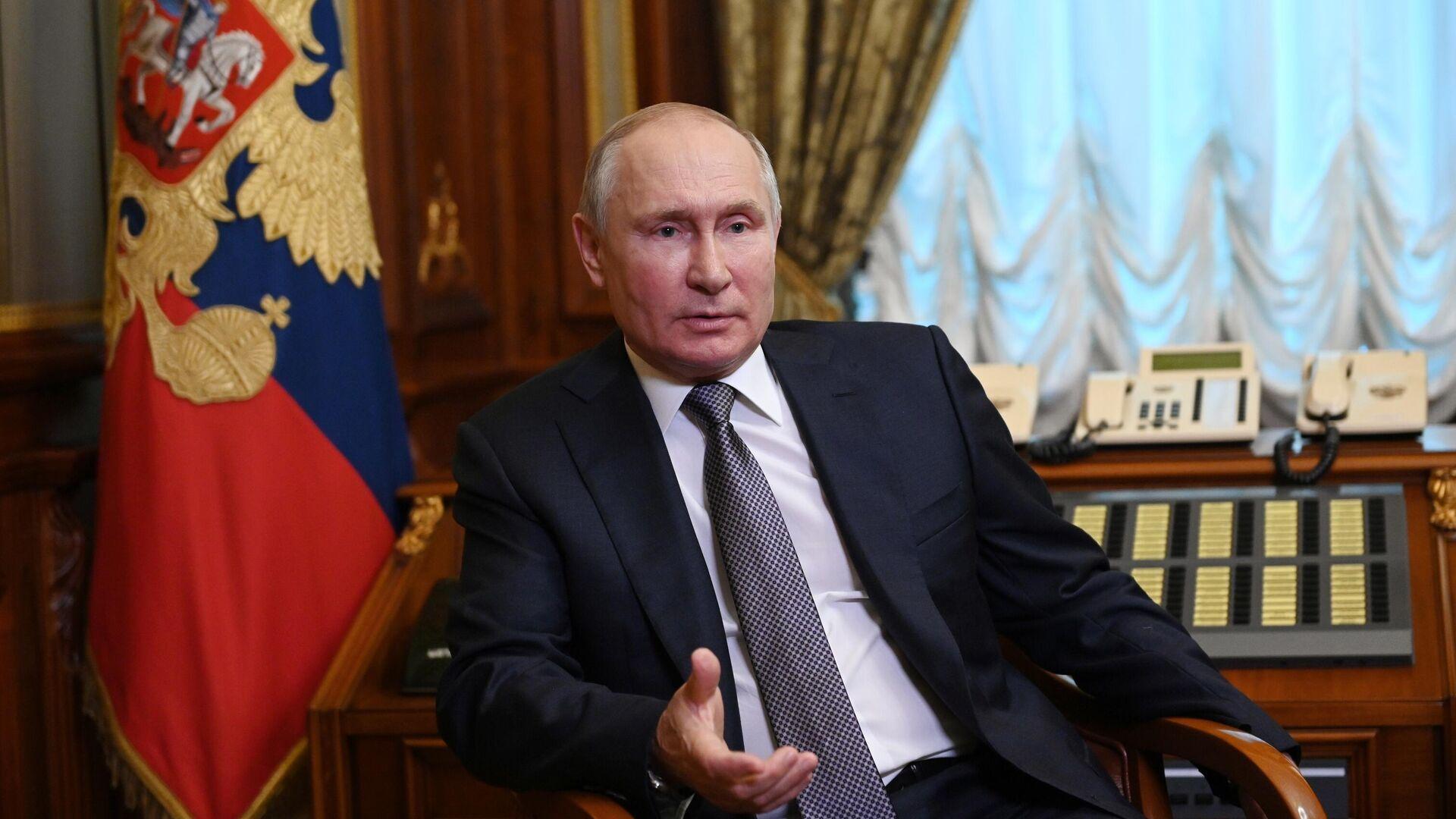 Путин указал на задержки в строительстве инфраструктуры в Бурятии