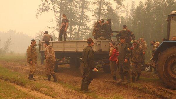 На месте тушения лесных пожаров в Якутии