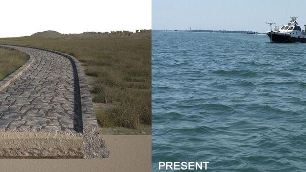 Реконструкция римской дороги в канале Трепорти в Венецианской лагуне, выполненная на основе данных гидролокации. Справа - современный вид места исследования