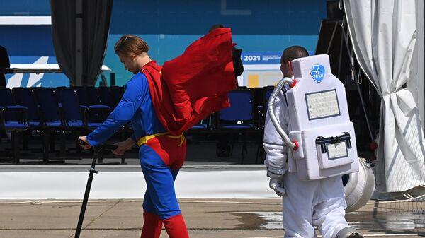 Участники Международного авиационно-космического салона МАКС-2021