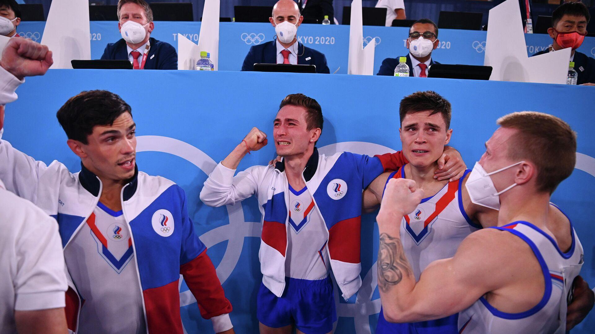 Российские гимнасты после победы на Олимпийских играх в Токио - РИА Новости, 1920, 26.07.2021