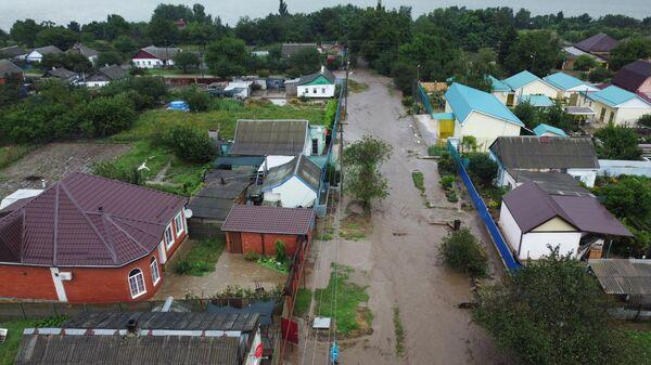 Подтопленная территория станицы Курчанская в Темрюкском районе Краснодарского края