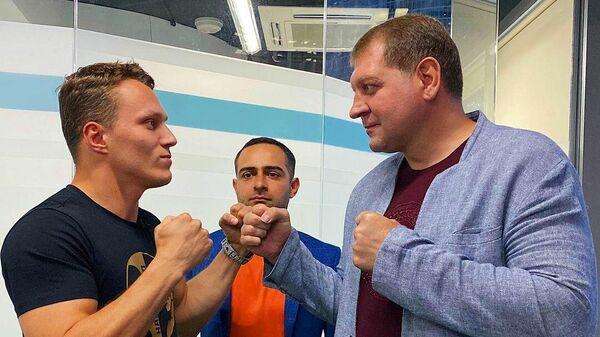 Артем Тарасов и Александр Емельяненко