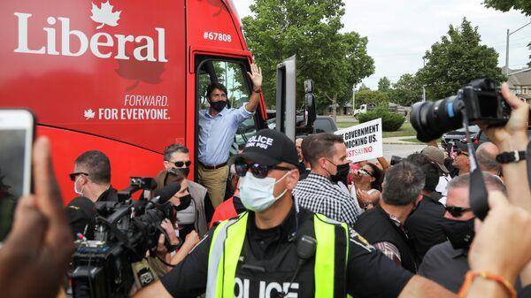 Премьер-министр Канады Джастин Трюдо во время предвыборной кампании в Ноблтоне
