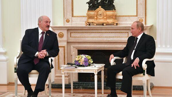 Переговоры Путина и Лукашенко идут уже два часа