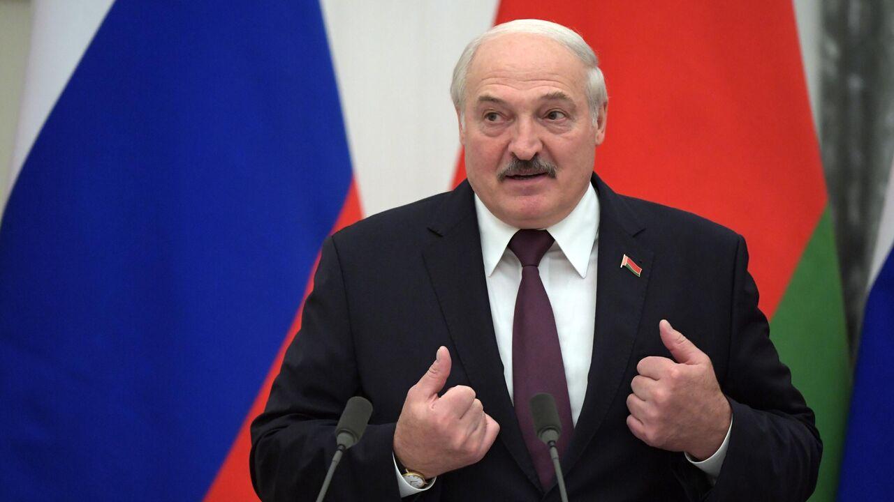Лукашенко: Москва поставит Минску вооружения более чем на миллиард долларов