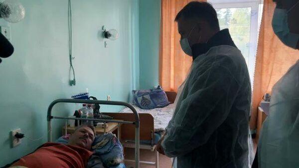 Губернатор Иркутской области приехал в больницу к пострадавшим в крушении самолета L-410