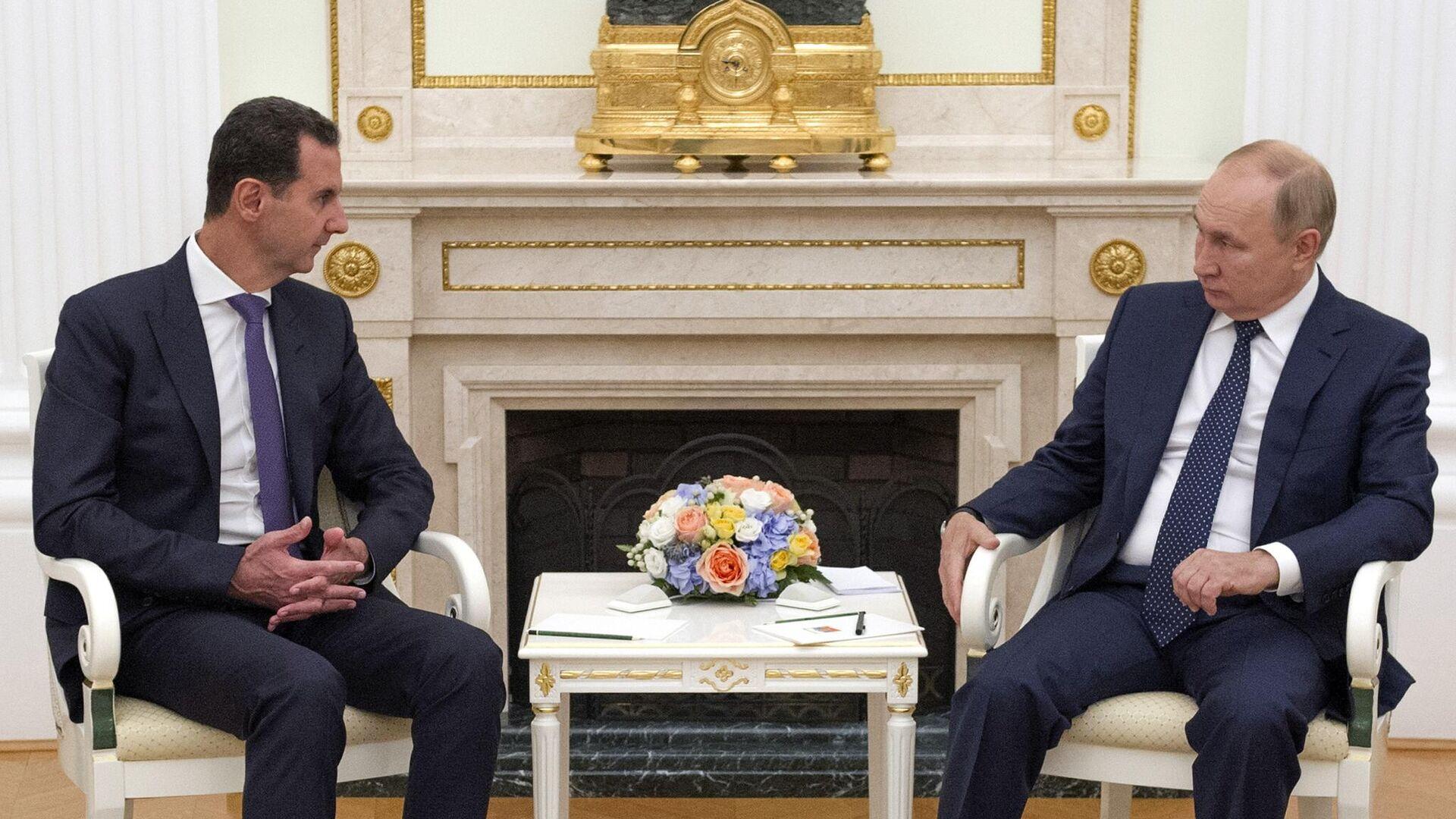 Президент РФ Владимир Путин и президент Сирии Башар Асад во время встречи в Москве - РИА Новости, 1920, 14.09.2021