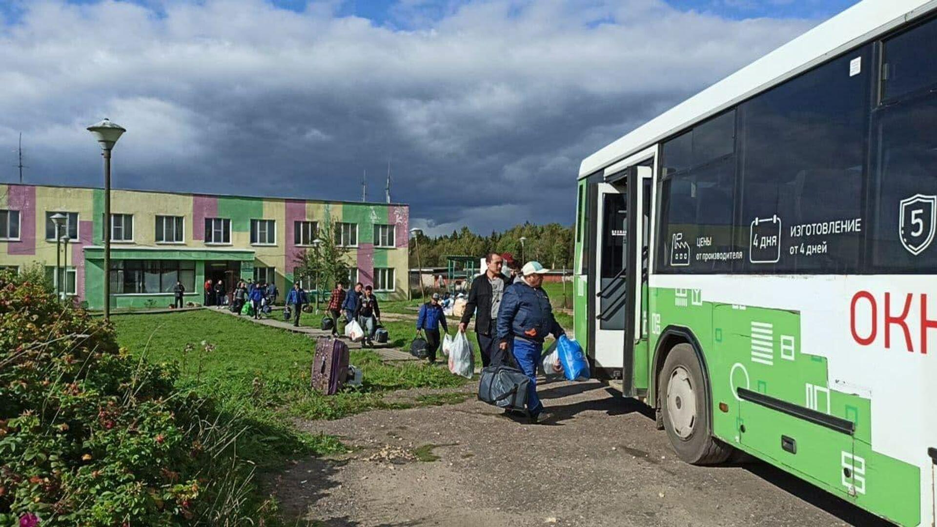 Посольство Киргизии рассказало о проверке в общежитии в Бужаниново