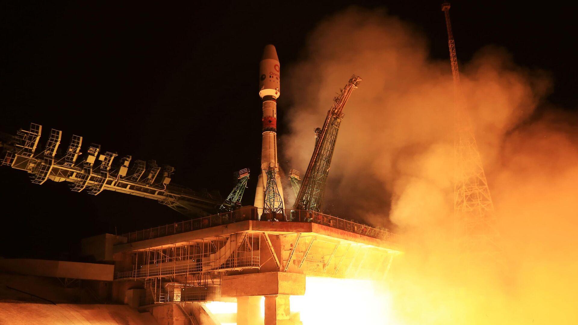 В Россию доставили 36 спутников OneWeb для запуска в октябре