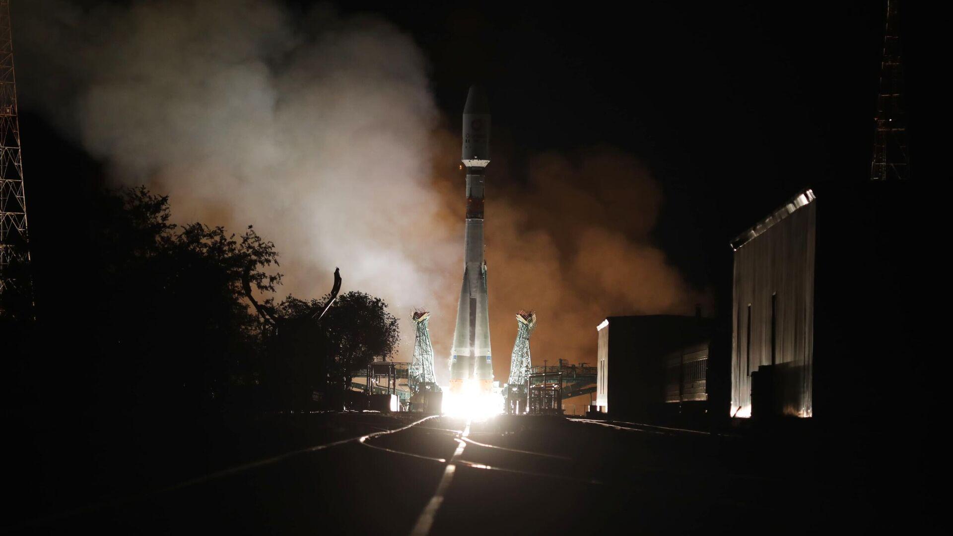 """""""Роскосмос"""": """"Союз-2.1б"""" успешно вывел на орбиту все 34 британских спутника OneWeb"""