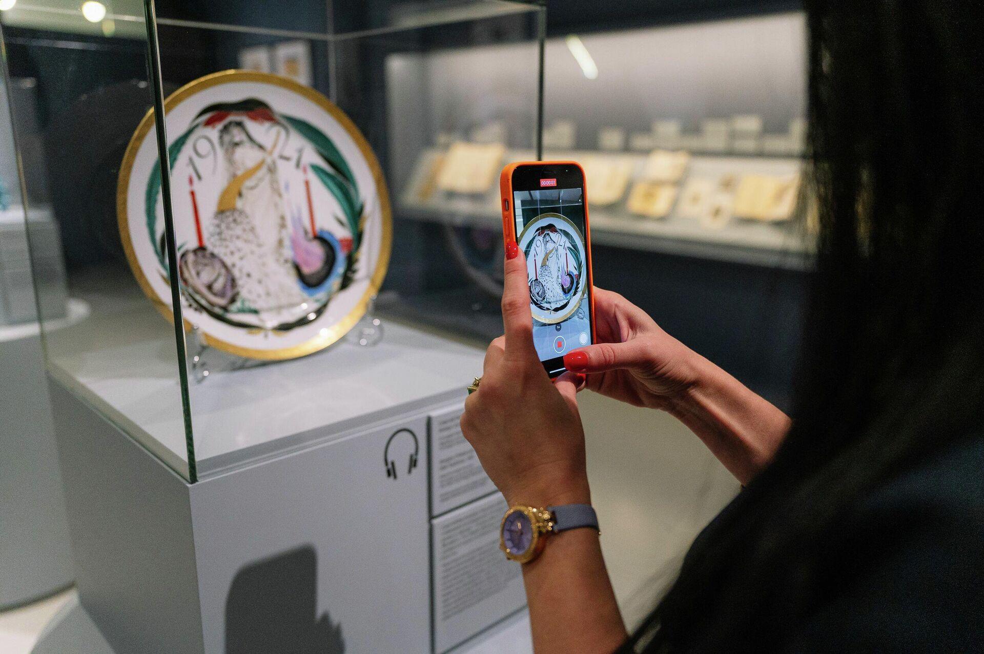 1750267789 0:0:2500:1663 1920x0 80 0 0 f781b9b029531f5f658113f839db7c76 - В Музее русского импрессионизма открылась выставка-детективное исследование