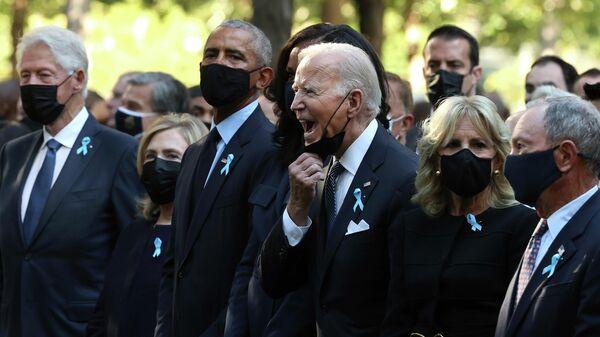 Президент Джо Байден во время ежегодной церемонии памяти 9/11 в Национальный мемориал и музей 11 сентября в Нью-Йорке
