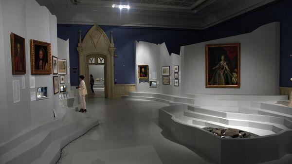 """1751285443 0:161:3069:1887 600x0 80 0 0 48169da885a3e73ab7da55616242d8c1 - В """"Царицыно"""" открылась выставка """"Театрократия. Екатерина II и опера"""""""