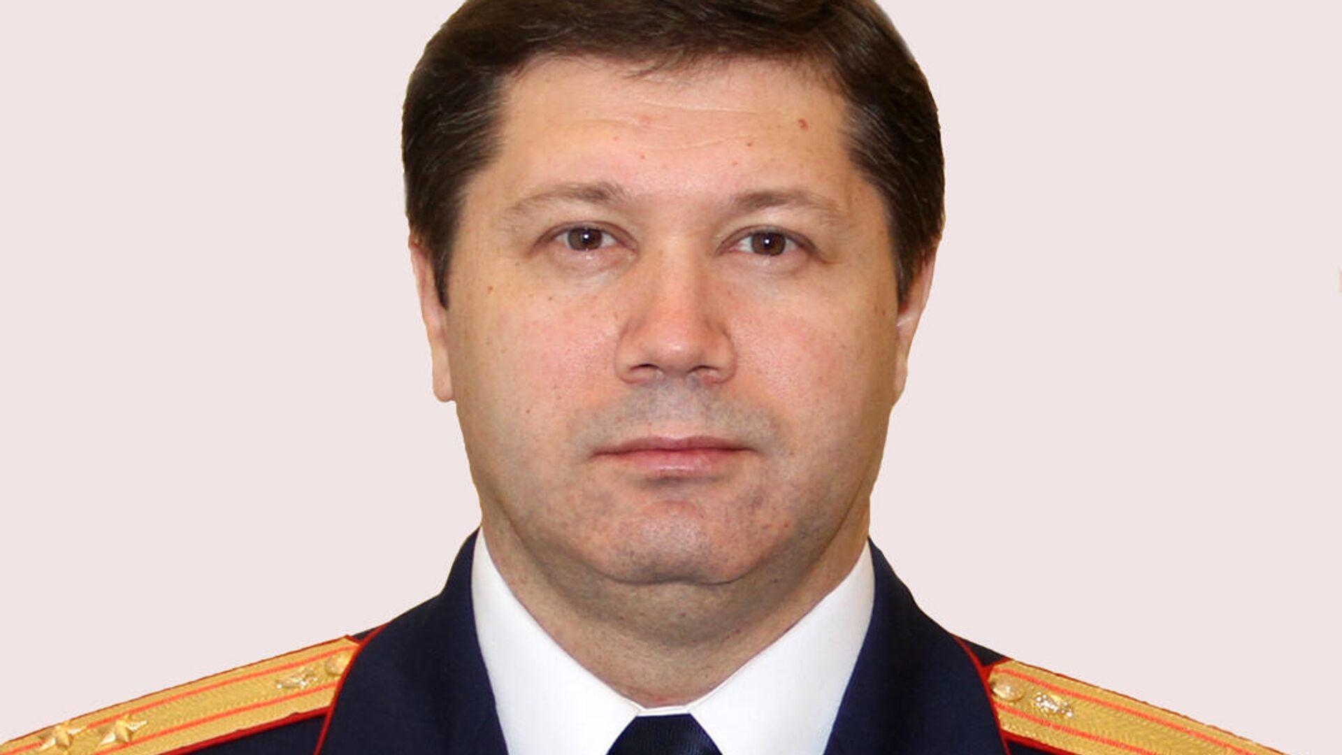 Полиция работает в поселке, где нашли мертвым главу СУСК по Пермскому краю