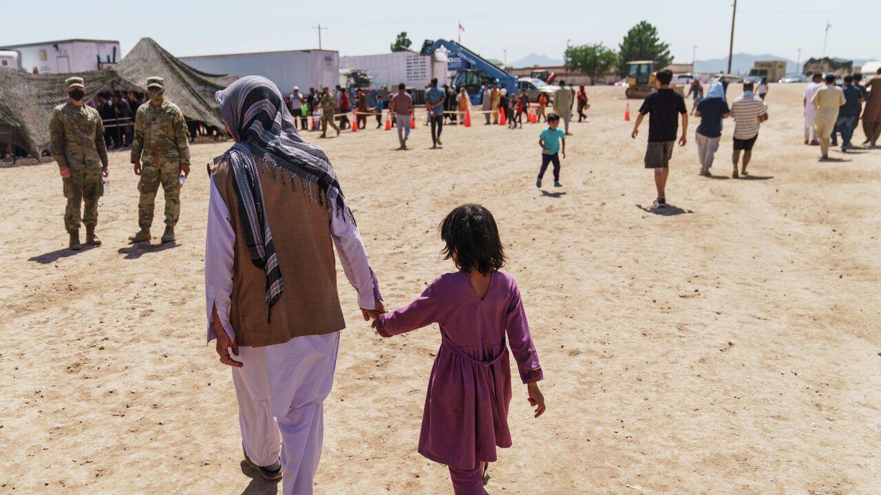 Афганские беженцы напали на американскую военнослужащую на базе в США