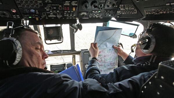 Пилоты готовятся к вылету. Архивное фото