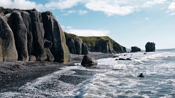 Побережье Охотского моря на Камчатке