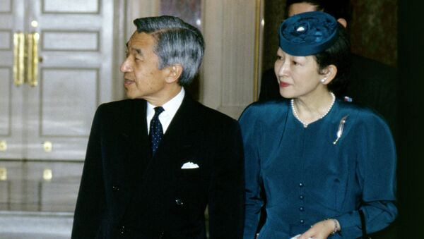 Император Японии Акихито и его супруга Митико. Архивное фото