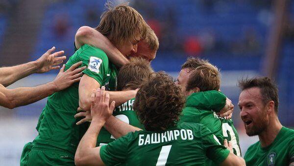 Игроки  ФК Томь, архивное фото