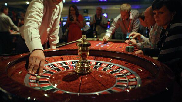 Зал для игры в рулетку, архивное фото